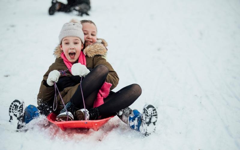kids sledging